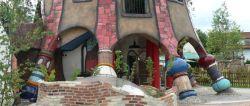 Ausflugsziel Hundertwasserturm bei Abensberg mit Brauerei