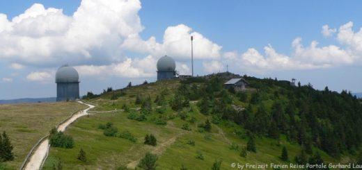arber-bergwandern-arbergipfel-wanderung-radarkuppel-panorama-660
