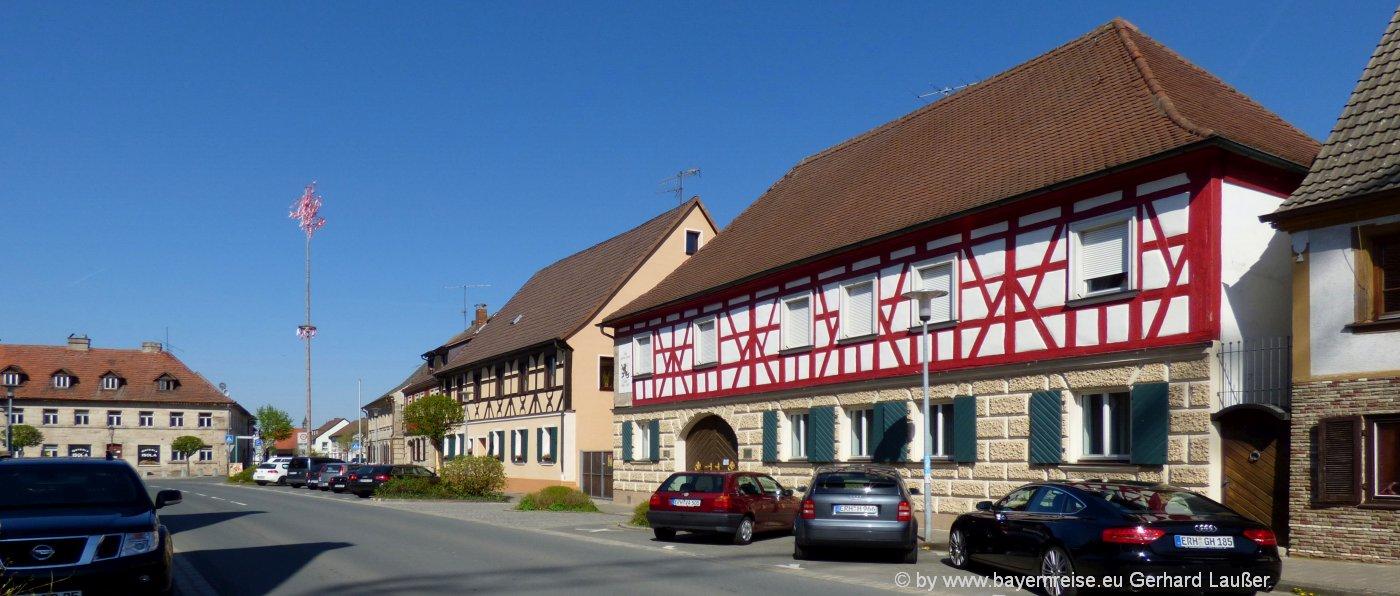 ausflugsziele-baiersdorf-franken-innenstadt-fachwerkhaus-hauptstrasse