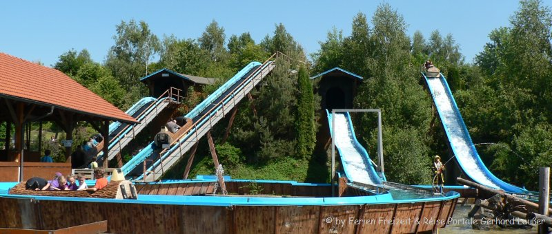 Erlebnispark für Kinder Bayernpark Reisbach Wildwasserbahn