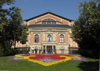 Sehenswürdigkeiten Fränkische Schweiz Richard Wagner Festspielhaus Bayreuth