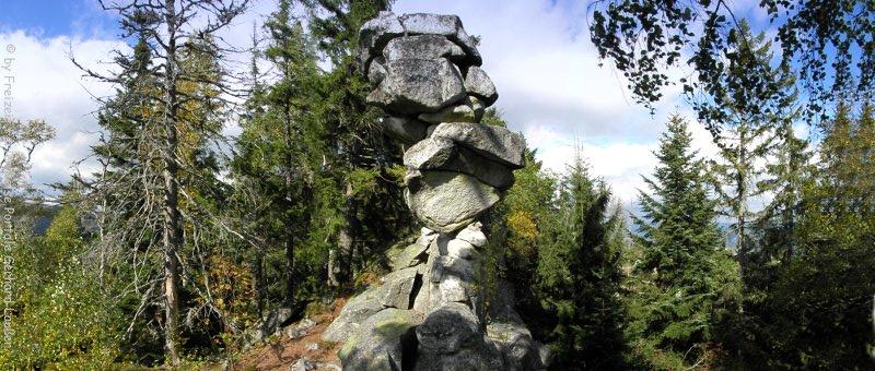 Wanderung Teufelstisch Bischofsmais Felsenformation