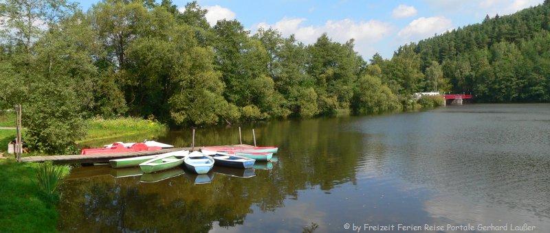 Ausflugsziele Blaibacher See Boot fahren Bayerischer Wald