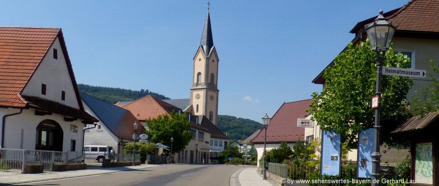 ebermannstadt-sehenswürdigkeiten-pfarrkirche-innenstadt-fränkische-schweiz