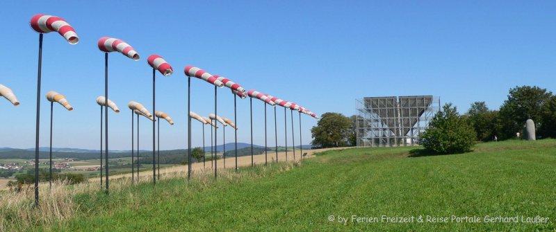 Kunstwerke Bayern Kunstwanderweg Eschlkam Skulpturen Bayerischer Wald