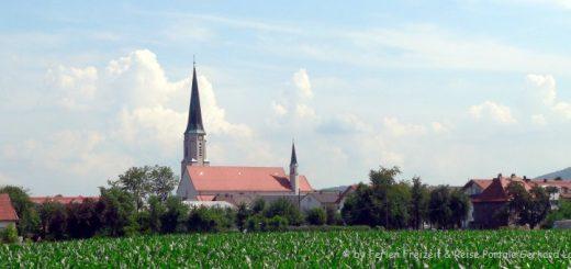 freilassing-sehenswürdigkeiten-kirche-ortsansicht-panorama-660_1