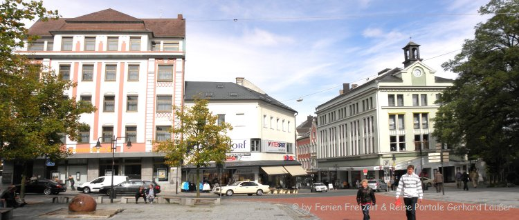 hof-sehenswürdigkeiten-stadtplatz-ausflugsziele-panorama