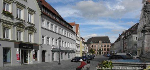 sehenswürdigkeiten-kaufbeuren-freizeitangebote-historische-altstadt-marktplatz-rathaus