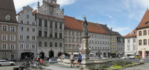 landsberg-am-lech-historische-altstadt-marktplatz-panorama-660