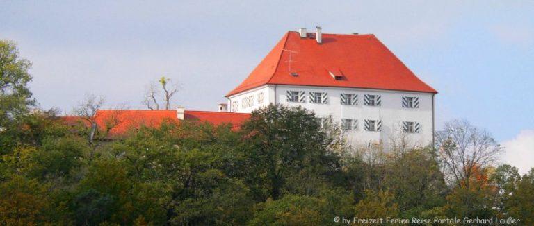 nittenau-stefling-burg-schloss-panorama-660