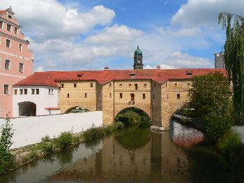 Ausflugsziele Oberpfalz Sehenswürdigkeiten und usflugstipps - Bild Wahrzeichen von Amberg Stadtbrille