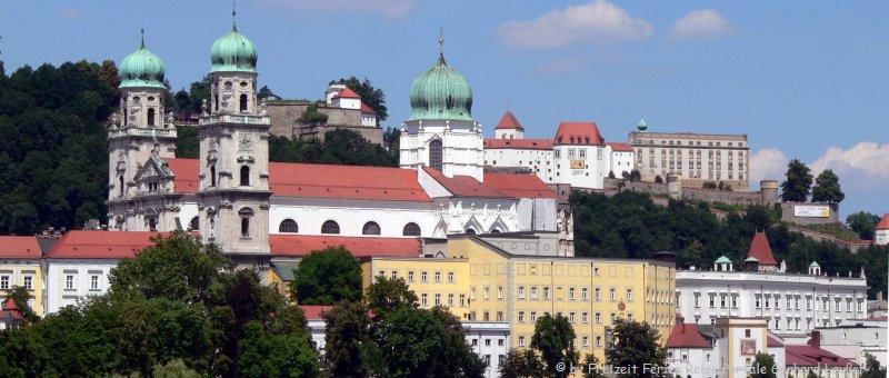 Ziel für Städtereisen in Bayern Sehenswürdigkeiten in Passau Freizeitmöglichkeiten