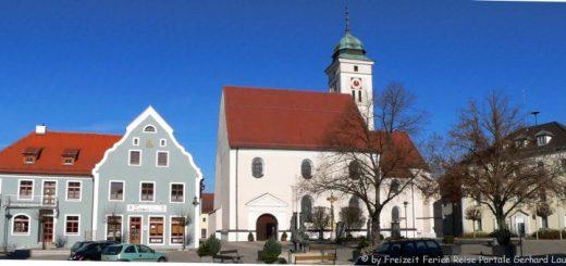 pfreimd-kirche-rathaus-platz-panorama-660