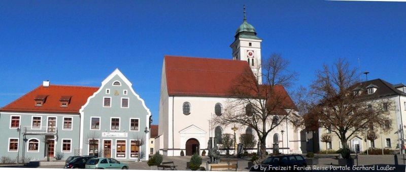 Sehenswürdigkeiten Pfreimd Kirche und Rathaus