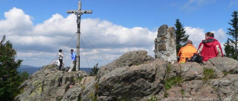 rachel-berg-gipfelkreuz-nationalpark-bayerischer-wald