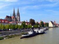Regensburger Dom an der Donau