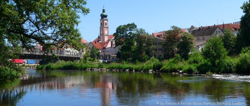 Sehenswürdigkeiten Roding Regental Stadtansicht Kirche