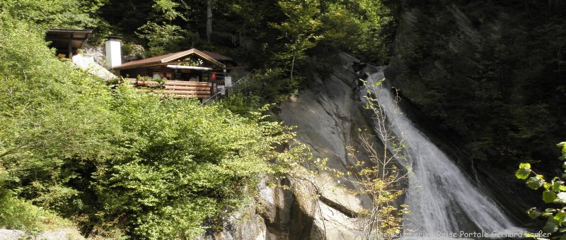 Ausflugsziele Starzlachklamm bei Sonthofen Wasserfall