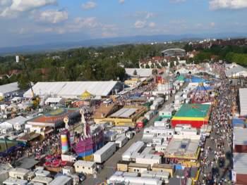 Veranstaltungen und Volksfeste in Bayern Straubinger Gäuboden Volksfest