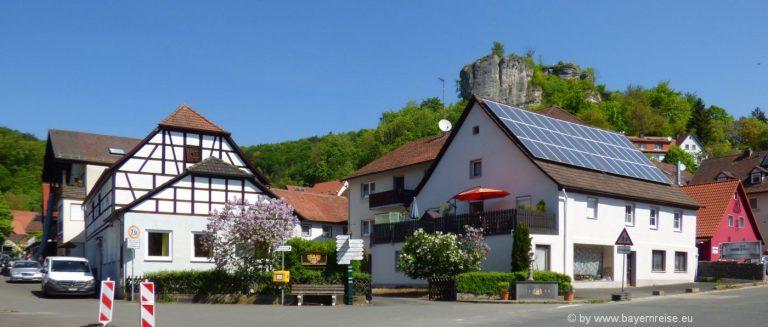 ausflugsziele-streitberg-ortschaft-fachwerkhaus-fränkische-schweiz