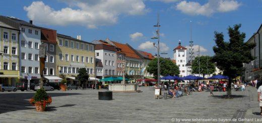 traunstein-sehenswürdigkeiten-oberbayern-ausflugsziele-stadtplatz