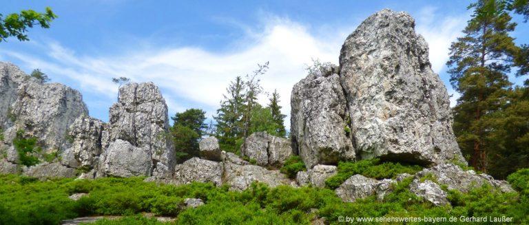 viechtach-grosser-pfahl-rundwanderweg-felsenformation-bayerischer-wald-ausflugsziele
