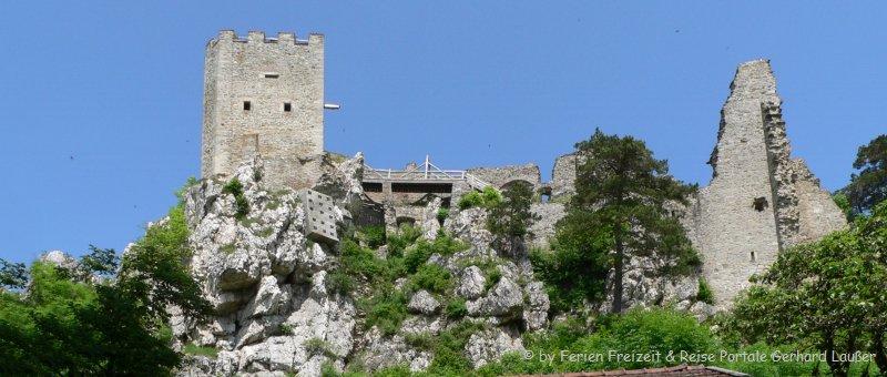 Bild der Burg Weißenstein Wanderung am Pfahl