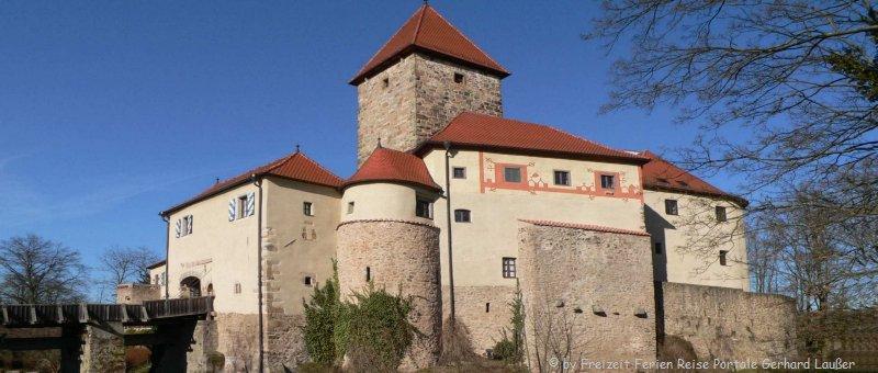 Sehenswürdigkeiten Burg Wernberg Koeblitz Ausflugsziele Oberpfalz